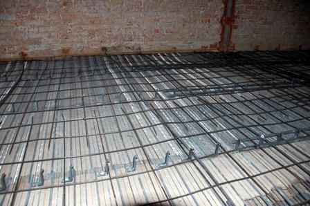 Refuerzo de forjados en la rehabilitaci n de edificios for Forjado viguetas metalicas